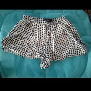 Cute checkered high waist shorts